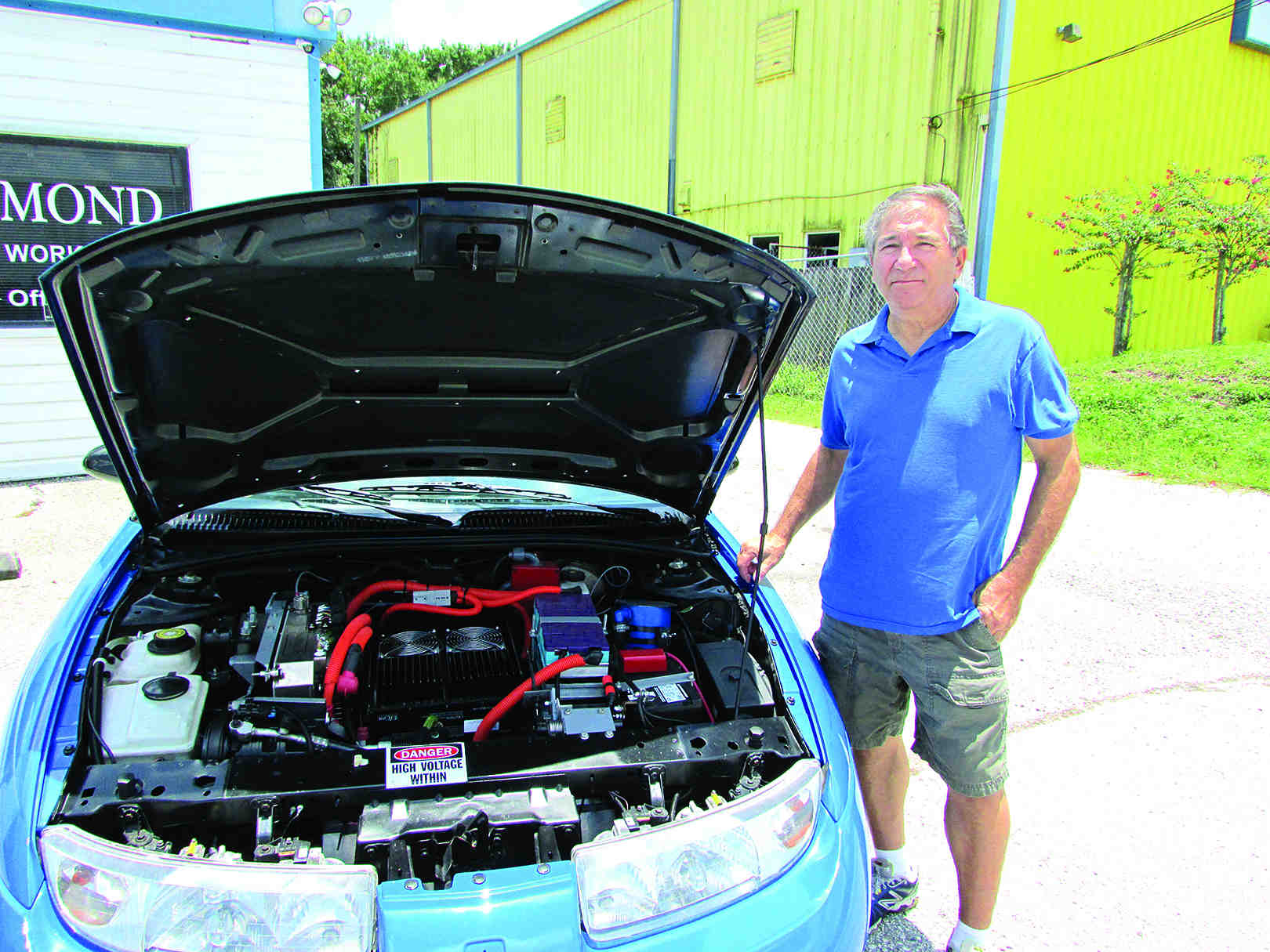Interest Sparks In Electric Car Conversions Comparison Between Cars And Gasoline Steve Azzoli Said His Creates A Buzz When People Take Look Under Its
