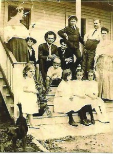Mittie Roberts Sumner with family members seated on the family porch, around 1908. (Courtesy of Susan Sumner Shelton)