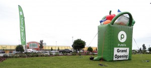 A giant inflatable green bag stuffed with chicken tenders and vegetables is an eye-catching site outside the new Publix, along U.S. 301 in Dade City. (Kathy Steele/Staff Photo)